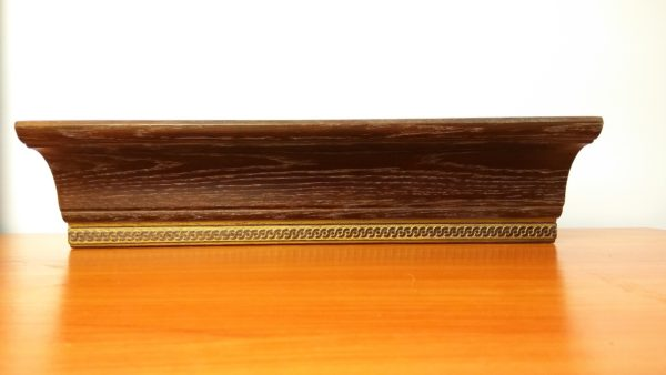 Деревянный багет, резной карниз, карниз из массива дерева