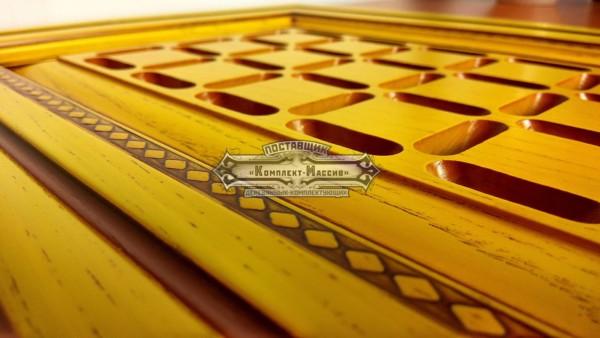 Фасад желтый из массива
