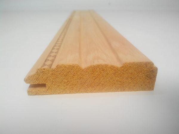 Профиль из дерева, багетная рейка, обвязка фасада