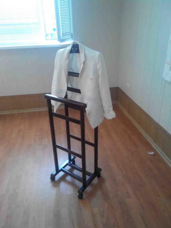 офисная вешалка, вешалка в офис, вешалка для комнаты