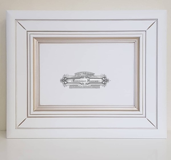 Деревянный фасад белый из массива